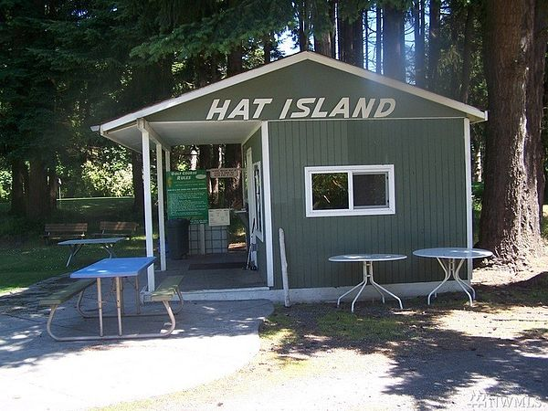 1162051 Hat Island Land 78G Sold